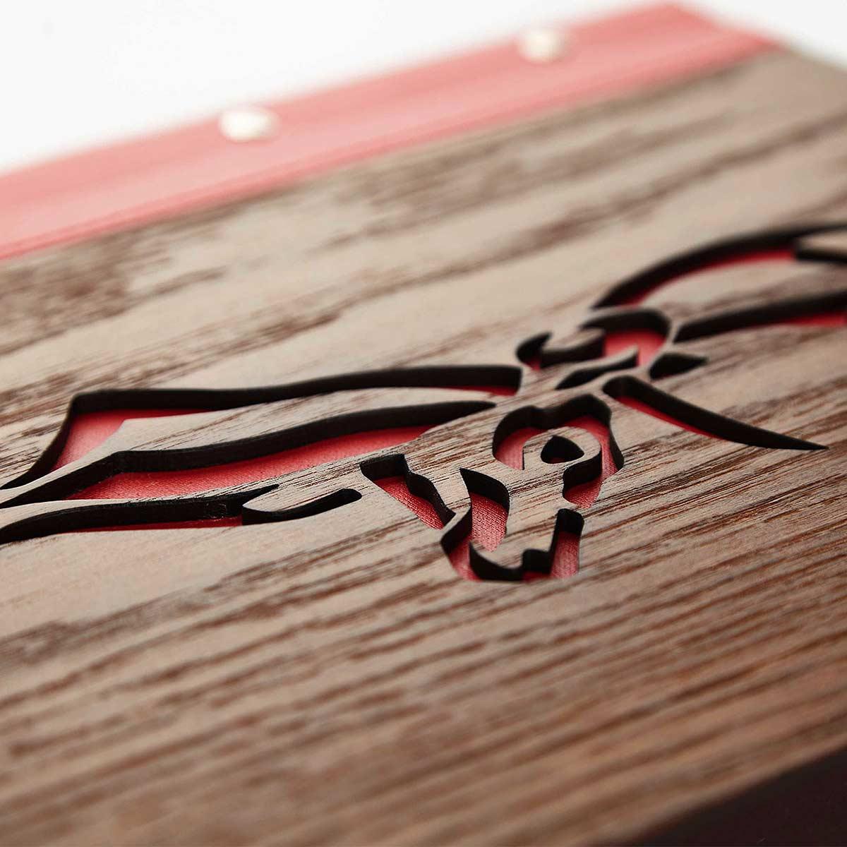 Speisekarten kaufen Gastrotopcard Logo Laser Cutout