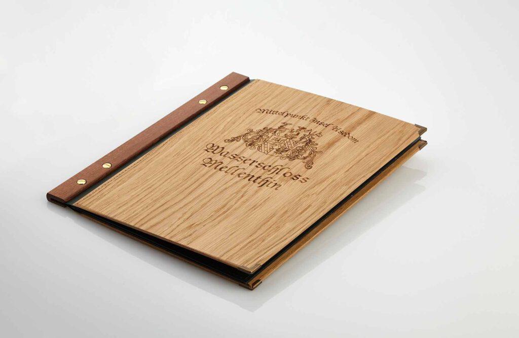 Gastrotopcard Speisekarten Jubilar Woody Woodstock Eiche